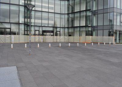 ANTONY : Aménagement d'une place en pavés granit gris foncé