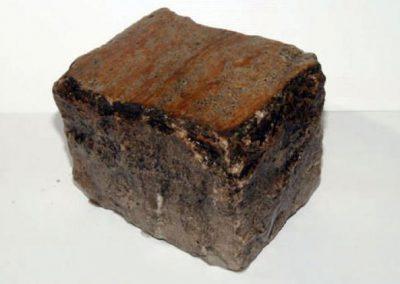 Pavé en grés 14 x 20 x 14 cm beige Faconné par l'usure.
