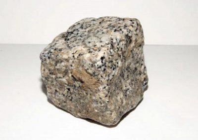 Pavé granit Gris clair toute face eclater 10 x 9 x 8 cm