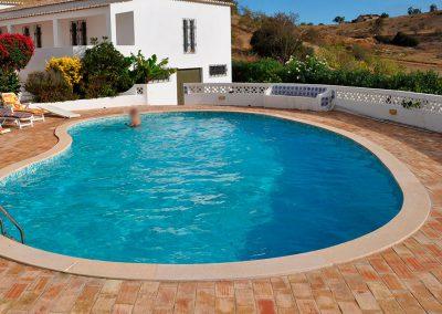 Margelle piscine et revêtement plage piscine